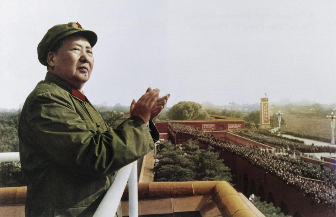 毛澤東在準備七大的過程中也發展出了一套成熟的制度操控方法,並奠定了此後中共黨代會運作的基本框架