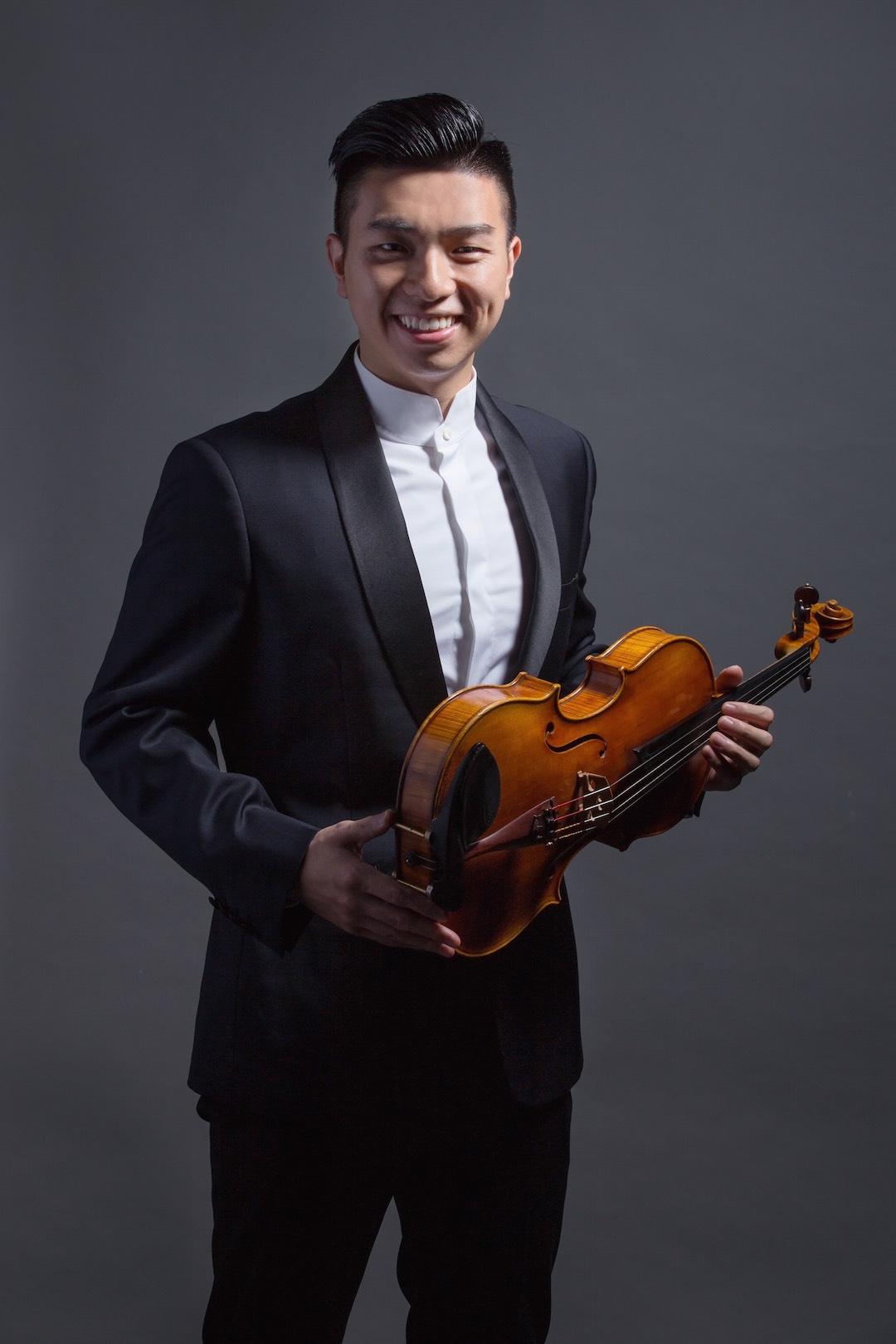 中提琴演奏家 蔡書麟