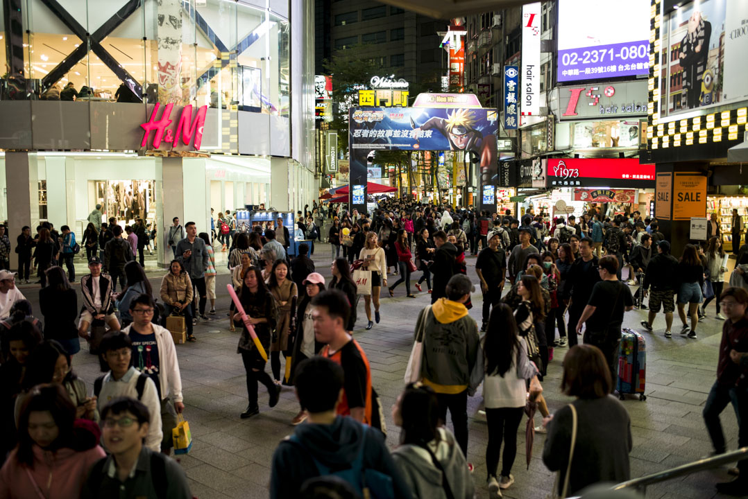 近年台灣文化在兩岸四地話語權逐漸流失,其中台灣已很少電視節目能被世界華人談論。圖為台北西門町。