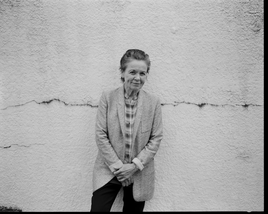 Laurie Anderson,是無法定義的藝術家:是電子音樂先驅,是實驗劇場的宗師,是科技與藝術的領航者,所有定義裡的頭銜,根本來不及,也不足以說明Laurie Anderson的生涯創作。 攝:林振東/端傳媒