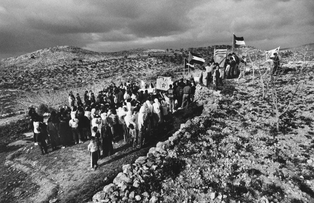 兩名在約旦河西岸被以色列士兵射殺的巴勒斯坦村民舉殯。