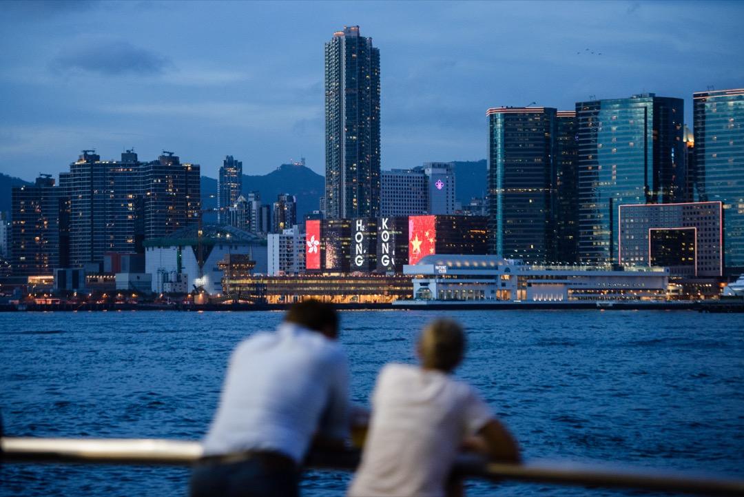 從解釋香港戰後經濟奇蹟的各種分析可見,出於政治目的的歷史論述經常選擇性失明,要歷史中汲取教訓,我們就先要除去先有結論後有論據的做法,建立一套真正的香港為本位的歷史觀。 攝:Anthony Wallace/AFP/Getty Images