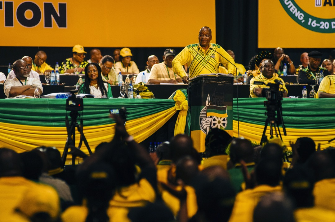 2017年12月16日,南非總統祖馬在南非執政黨非洲人國民大會召開的黨代表大會上發表講話。 攝:Waldo Swiegers/Bloomberg via Getty Images