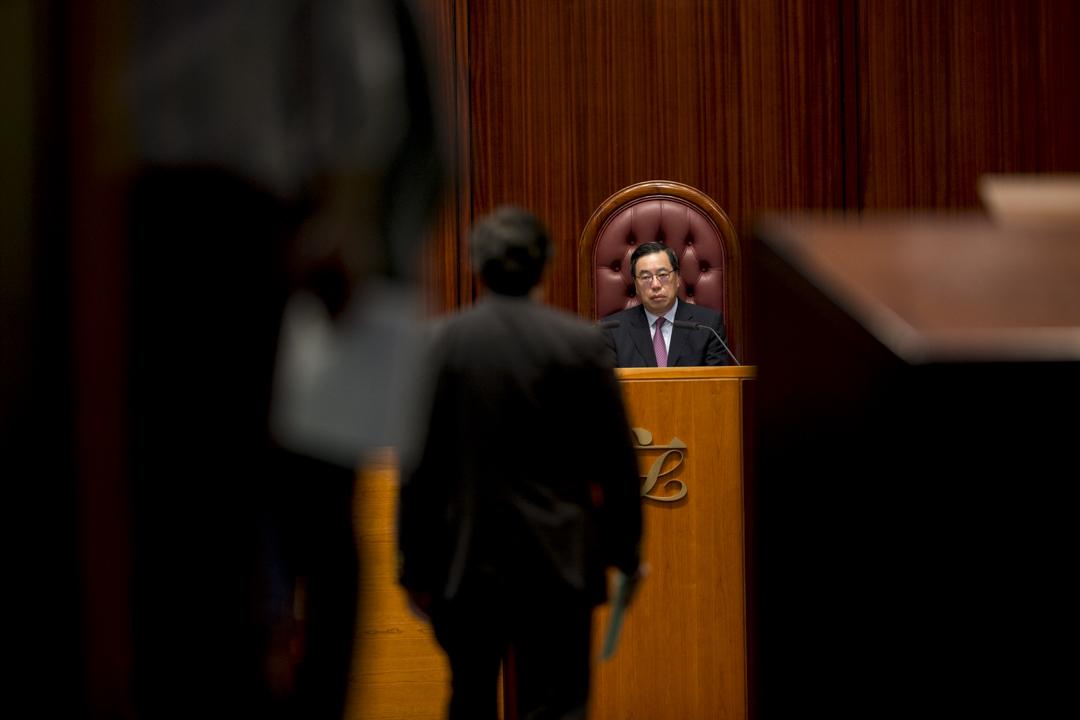2017年12月14日,立法會繼續審議修改議事規則的修訂。圖為立法會主席梁君彥。