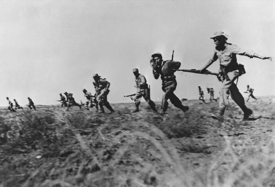 1948年10月,以色列步兵在以色列內蓋夫地區對埃及部隊進行全面反攻。