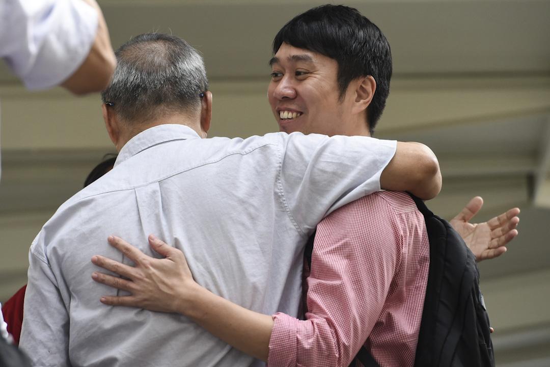 2017年11月28日,新加坡人權工作者范國瀚(Jolovan Wham)涉嫌多次在未經許可的情況下舉辦集會,而遭當地警方起訴。 攝:Roslan Ragman/AFP/Getty Images