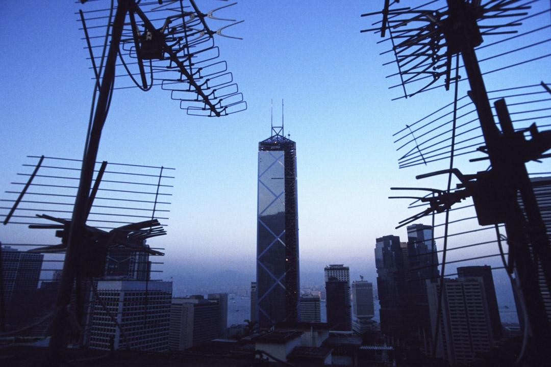 亞洲經濟的蓬勃興起,也提供許多貝聿銘表演的舞台,包括1990年時香港第一高樓的「中銀大廈」。