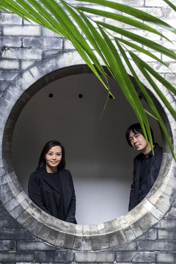 李涵和胡妍將興趣放在「觀看」二字,觀看城市發展中平淡或戲劇性的時刻,因為他們「不是居高臨下的設計者,而是走街串巷的記錄員」。
