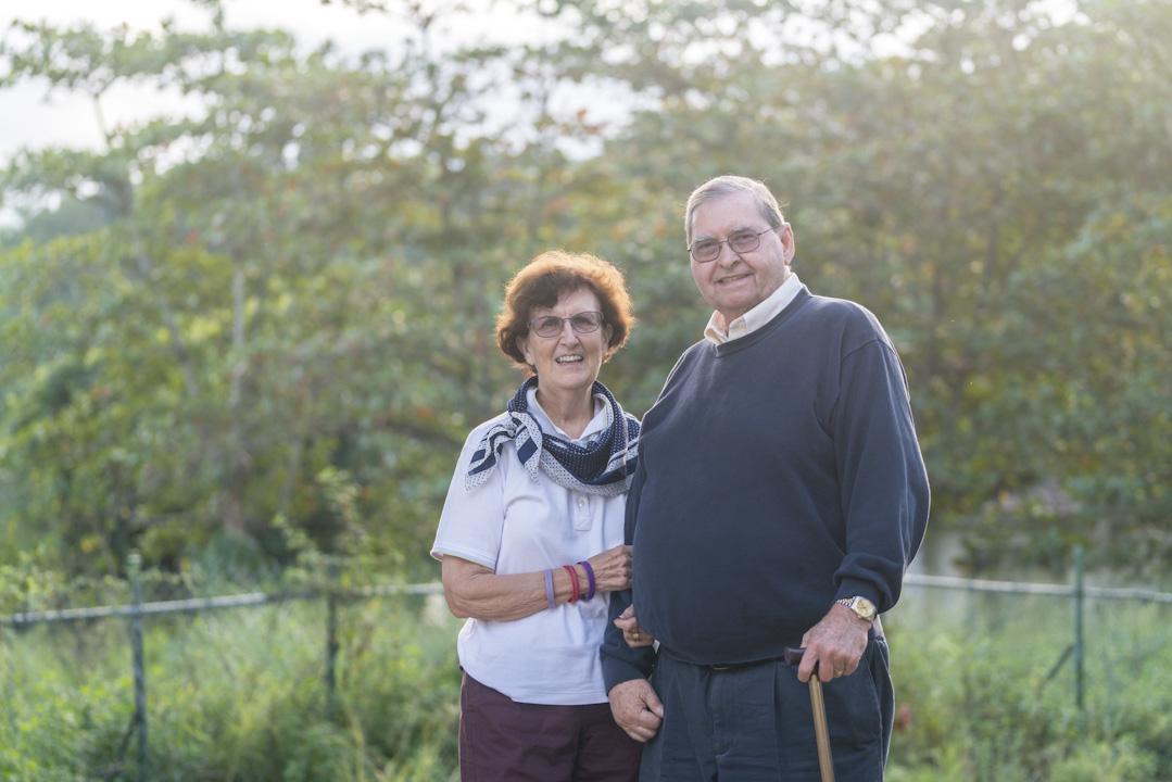 2008年,Bridget到了台東任教,跟陪伴Daniel,同樣愛上台東的自然美景及當地的人情味,自此二人在台東定居,成為他們的第二個家鄉。 攝:張國耀/端傳媒