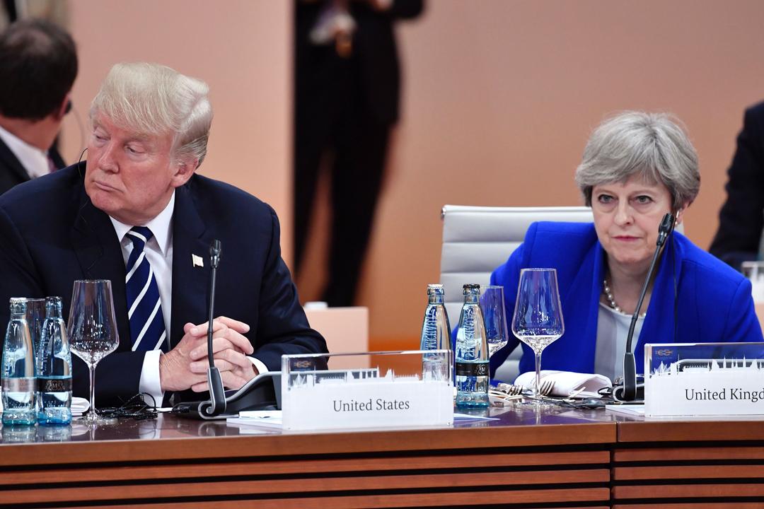 原定下月訪問英國的美國總統特朗普,今天突然在 Twitter 發文宣布取消行程。圖為去年7月,特朗普與文翠珊在德國出席 G20 峰會。 攝:John MacDougall / Getty Images