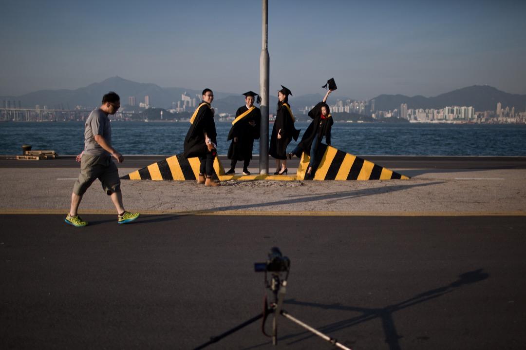 今日香港有關高等教育的新聞,除了學術自由的爭論外,就是每年度的國際大學排名最為人所道。大學的國際排名,如何實質影響一個大學學系的資源以至存亡? 攝:Dale de la Rey/AFP/Getty Images