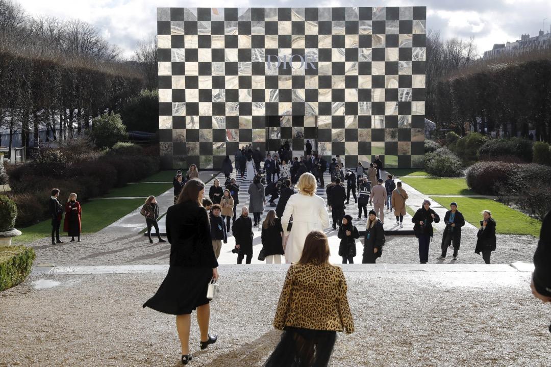 2018年1月22日,法國巴黎舉行 Christian Dior 時裝騷,展出品牌的 2018年春/夏季高級時裝系列。