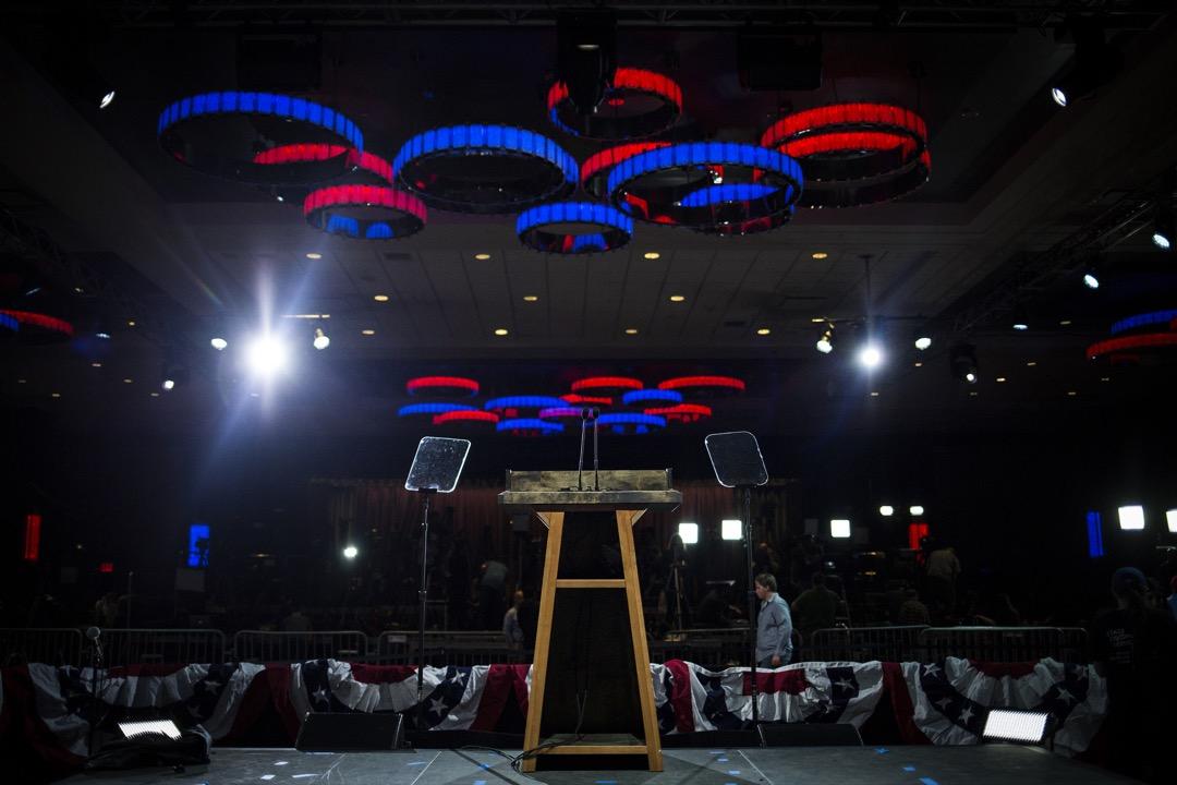 回顧2017年西方思想的流變,透露出多種明暗交織的跡象,在一些結構性的政治、經濟與文化因素制約下,這個晦暗時刻更可能是漫漫長夜前的黃昏,而不是黎明將至的預兆。 攝:John Taggart/Bloomberg via Getty Images