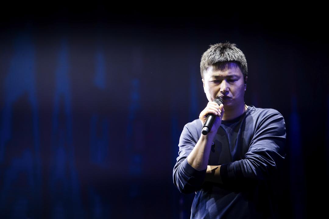 2017年12月31日,李志的「相信未來」2017-2018跨年音樂會在南京奧體中心體育館舉行。