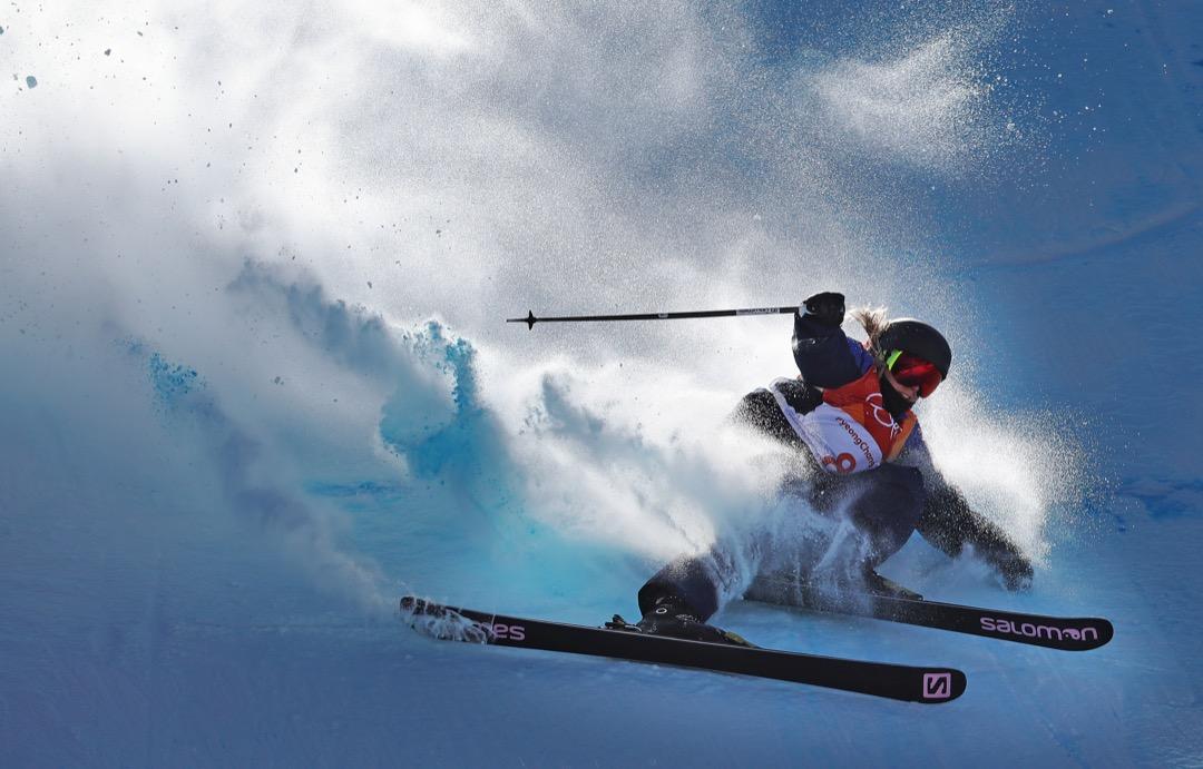 2018年2月17日,英國選手 Katie Summerhayes 在自由式滑雪比賽中失手墮下。