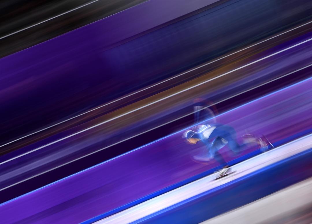 2018年2月19日,南韓選手 Kim Jun-Ho 在男子500米速度滑冰賽事中競賽。 攝:Harry How/Getty Images