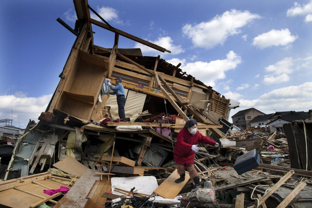 2011年3月11日下午14:46分,東日本海溝發生規模9.0地震,岩手縣釜石市內14所國中小共2926人,只有5人因為當天請假沒有到學校而沒有生還,其他2921人全部安全避難,生存率達到99.8%,因此被稱為「釜石的奇蹟」。 攝:Paula Bronstein /Getty Images