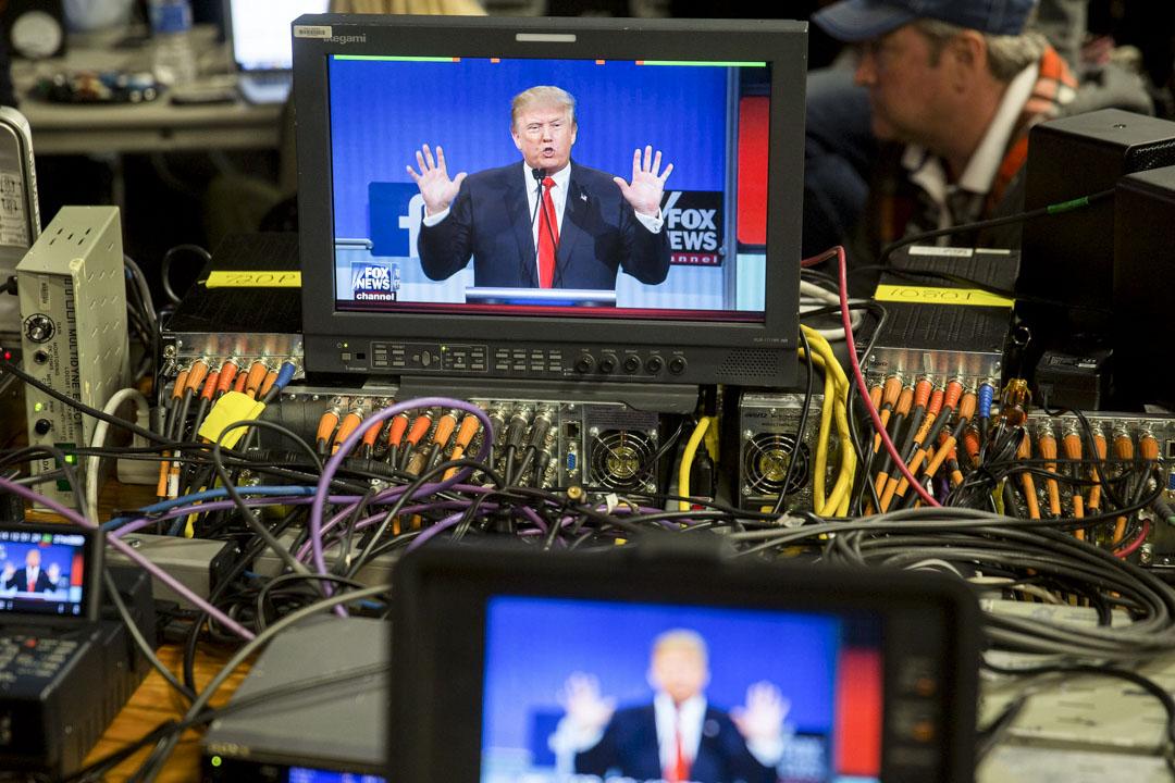 自2016年特朗普當選以後,臉書希望對抗假新聞的傳播,其研究人員甚至多次主動公開假新聞及傳播方式的相關研究,也公開俄羅斯或特朗普團隊購買臉書廣告的相關數據自清。