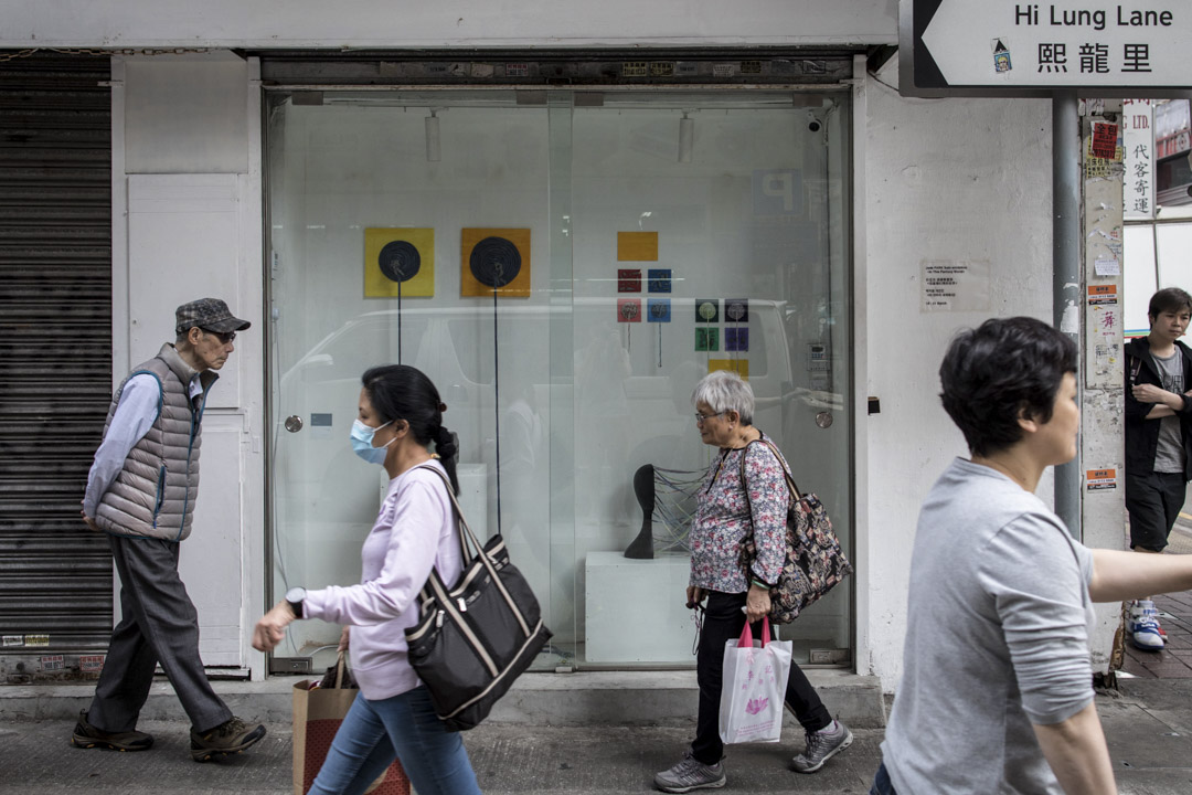 位於油麻地,24小時開放、全香港最細小的櫥窗微型藝廊PRÉCÉDÉE。