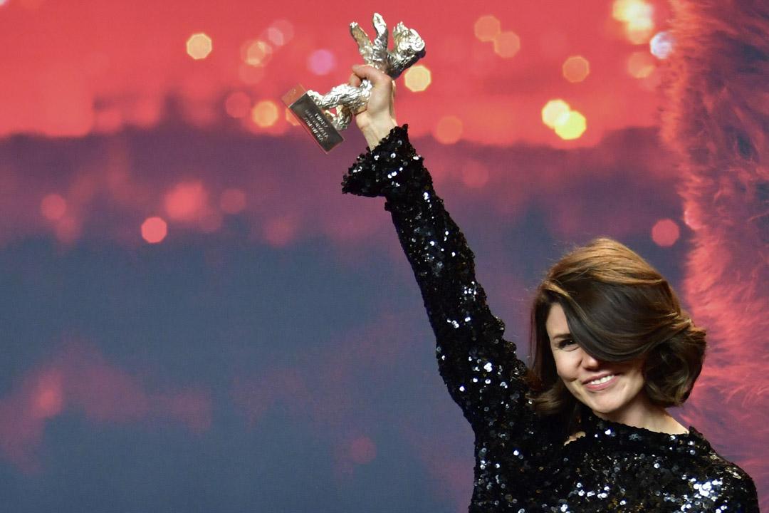 波蘭導演瑪寇札塔叔莫斯卡(Malgorzata Szumowska)的黑色喜劇《換臉效應》(Mug)榮獲評審團大獎。