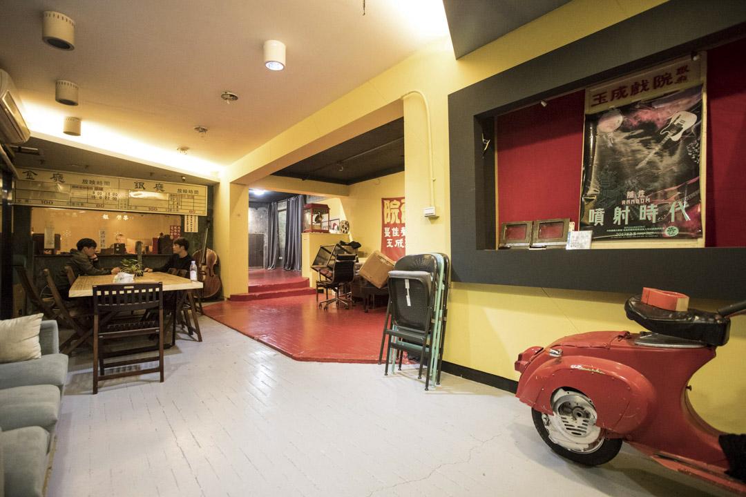 玉成戲院錄音室。