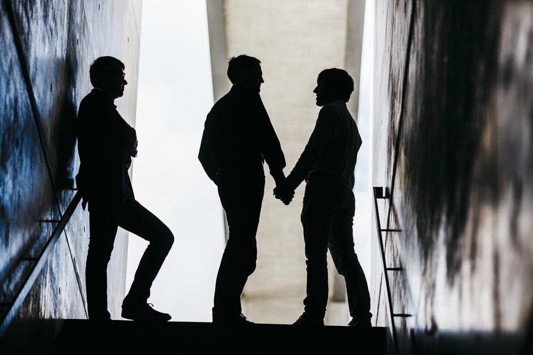 兩人之間的信任與相互依賴。性並不能夠定義一切。關係是彼此扶持,照護,看顧,而不是限制,不是獨占,不是猜疑與嫉妒。愛是不嫉妒。愛是恆久忍耐又有恩慈。因為兩個人想要有長期的關係,所以彼此協調彼此溝通出一種雙方都能接受的相處模式。
