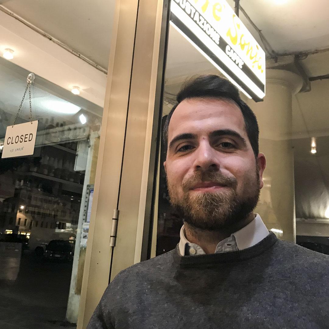 29歲的克勞迪奧(Claudio Bergamin)曾去紐約後又返回家鄉,在與世無爭的老家找到了不錯的工作。