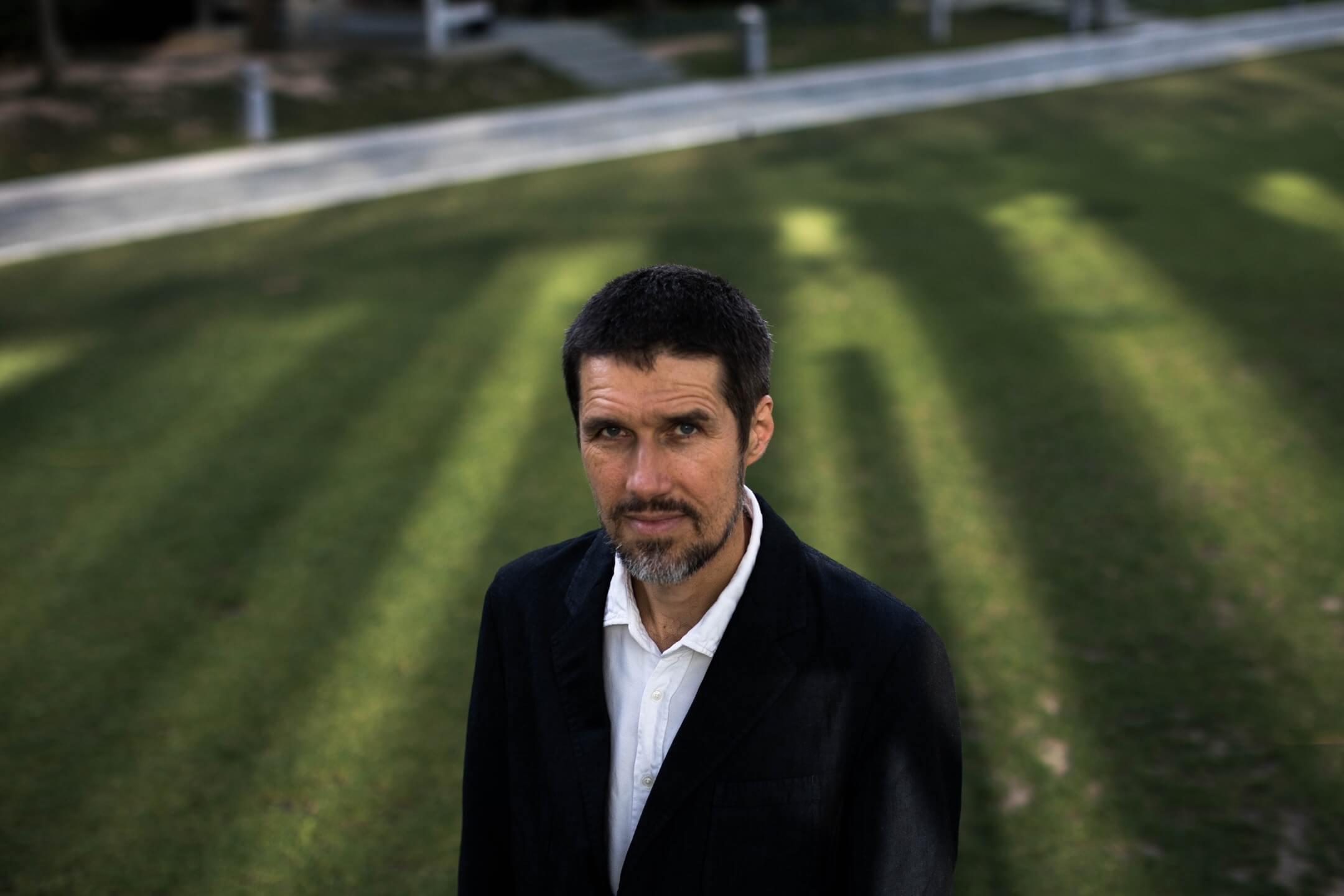 香港科技大學經濟系教授穆嘉(Carsten A. Holz)