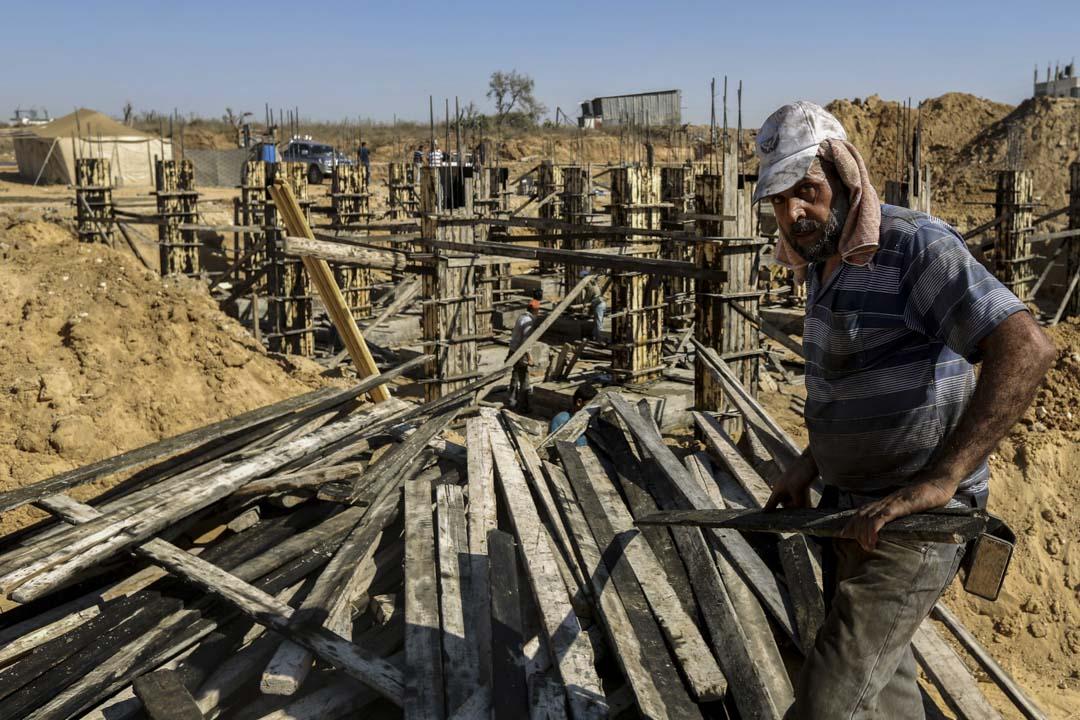 現有約30萬人在以色列從事建築行業相關工作,其中體力勞動基本由外國工人和以色列阿拉伯人承擔,外籍工人中,巴勒斯坦人人數最多。