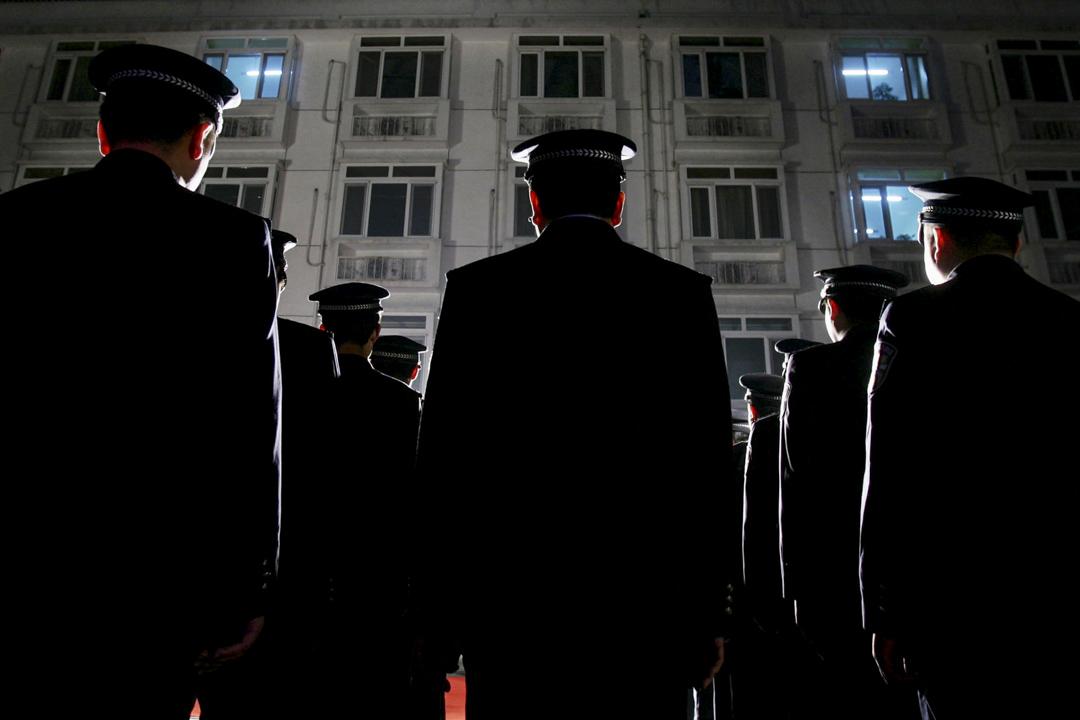 建立地方和全國性執法與警務分層和平行體制也是現代社會的充分複雜性要求的,一個警察什麼都要管的地方,也必然是警察管事會出很多紕漏的地方。涼城警方豈能例外? 攝: China Photos/Getty Images
