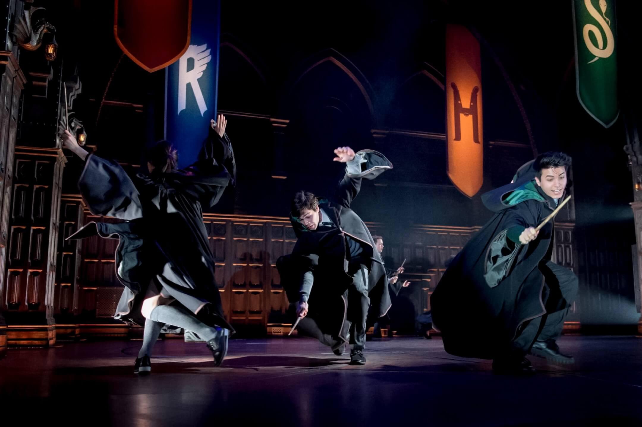 舞台劇《哈利波特與被詛咒的孩子》劇照。 網上圖片