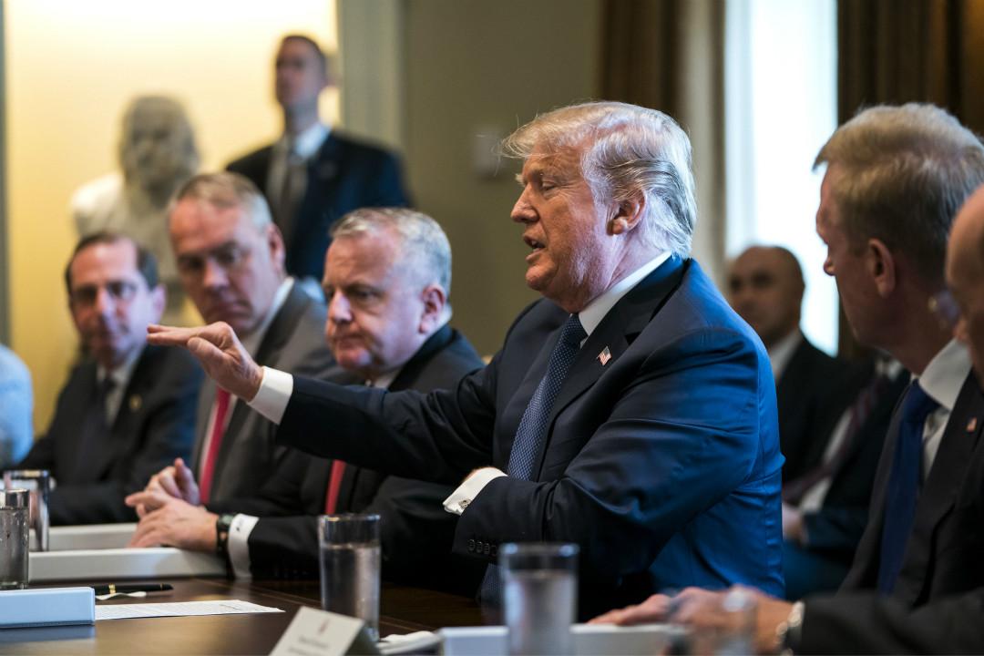 2018年4月9日,美國總統在白宮內閣會議上向媒體表示,美國將在未來一至兩天內對敘利亞發生化學武器襲擊事件作出回應。 攝:Poolabaca/Imagine China