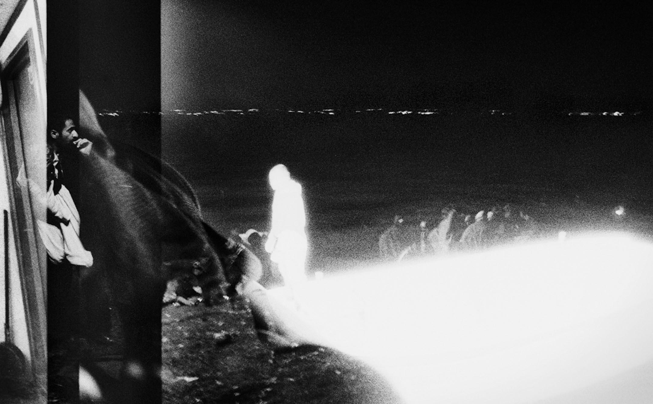 【日光節約時間 Daylight Saving Time】黑白平面攝影系列 Rigonce, Slovenia (2015) 。 攝影:張雍 Simon Chang