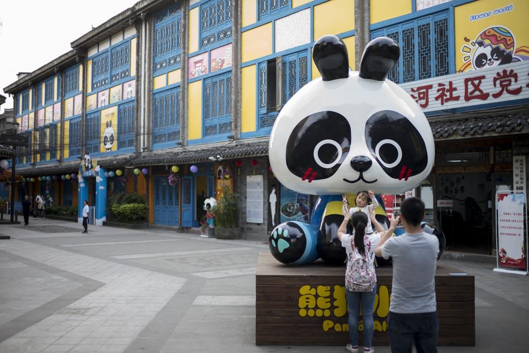2018年,都江堰新建小學。