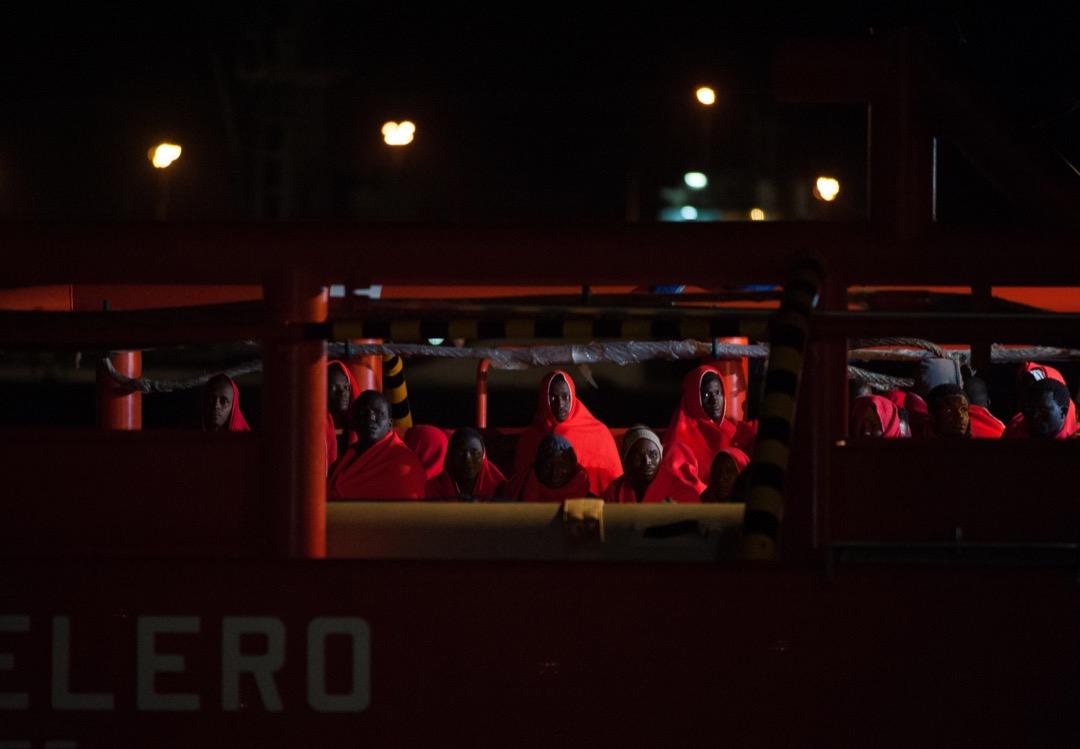 2018年5月23日,西班牙馬拉加對出海域,拯救船「SAR Mastelero」從地中海救起94名非洲難民,安全回到港口。