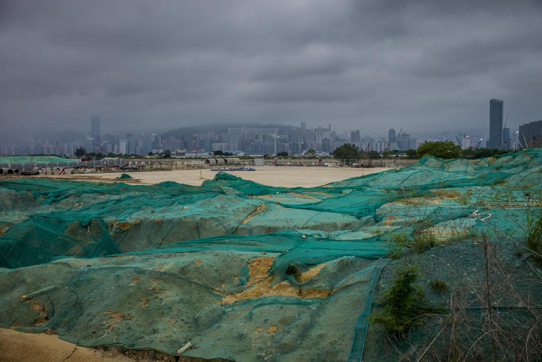 上月「土地供應專責小組」推出18項土地供應建議,分短中期,中長期和概念性三類,諮詢市民,稱為「土地供應大辯論」。圖為啟德發展區。 攝:林振東/端傳媒