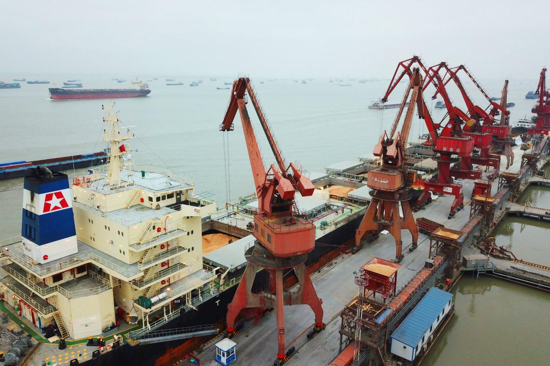 中美第二輪貿易談判後發表聯合聲明,中國同意大量增加進口美國商品和服務。 攝:Getty Images