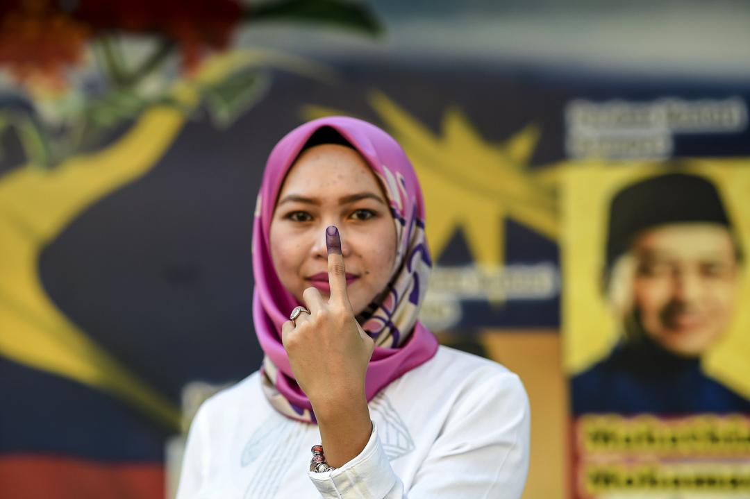 懷緬論和未來論只是馬哈迪與希盟用作合理化支持馬哈迪擔任聯盟領袖的理據,擁有自由意志的選民投票給希盟,並不等同他們一定盲目相信這些論述。