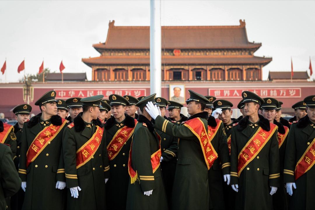 成立退役軍人事務部的核心內容,在於整合過去分散在各個部門、互不銜接的軍人退役職責,這項工作之所以凸顯其重要性,和中國長期以來分散隔離的退役政策密不可分。 攝:VCG via Getty Images