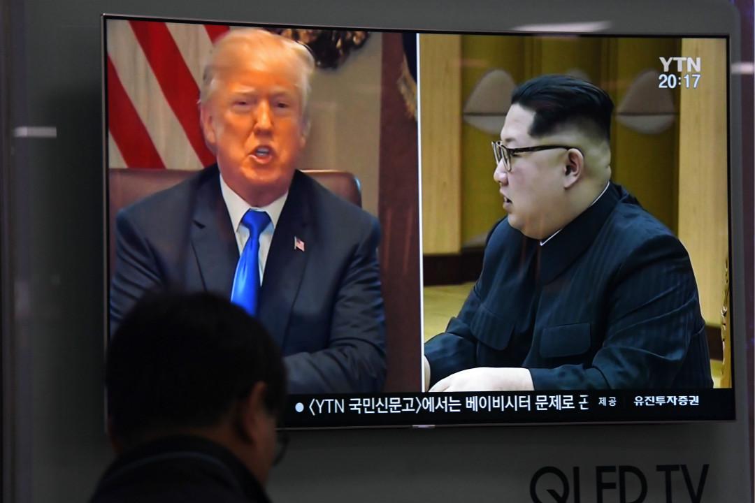 2018年5月24日,首爾車站播放電視新聞,美國總統特朗普宣布取消與北韓最高領袖金正恩的會晤。 攝:Jung Yeon-Je/Getty Images