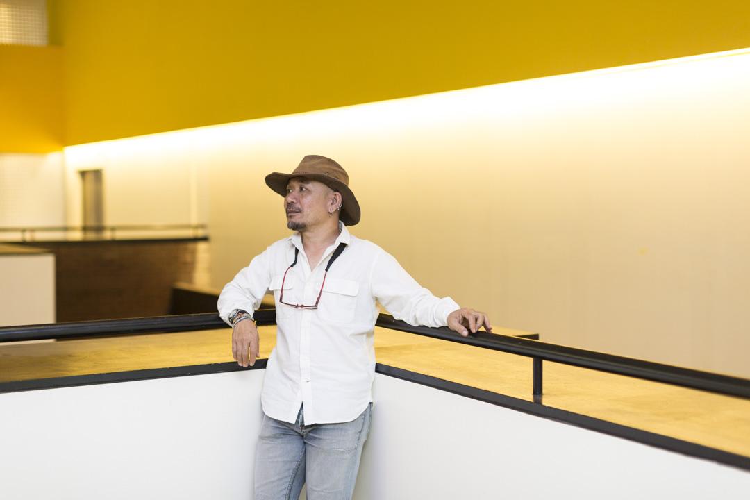 伊斯麥不是一個喜歡對自己作品做出太多解釋的導演,電影鏡頭的移動,就是他對於生活的觀察。他多從日常中取材,拍攝現場即為生活現場。