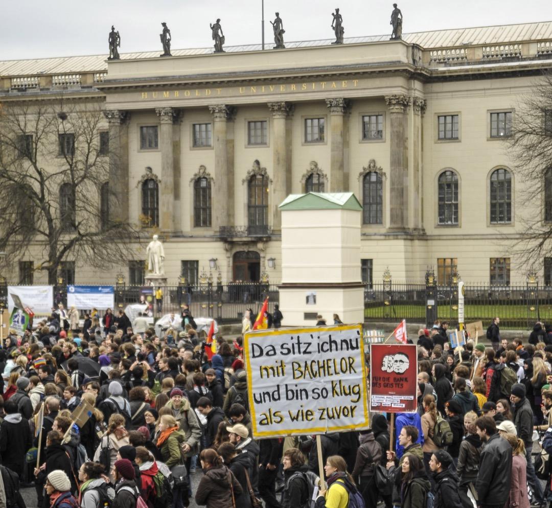 德國柏林洪堡大學的學生意見如此獲得重視,並不是出於候選人和媒體的善意,而是有制度上的原因。 攝:ullstein bild via Getty Images
