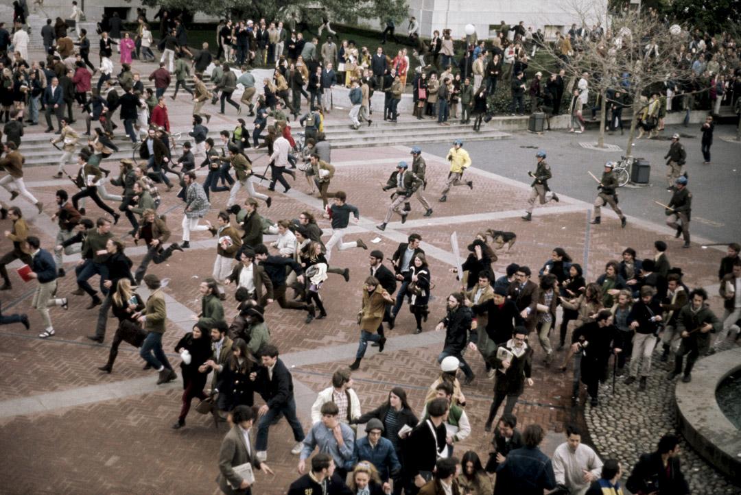 1968年5月,法國爆發了一場學生罷課、工人罷工的群眾運動,稱為「五月風暴」。 攝:Bettmann / Contributor / Getty Images