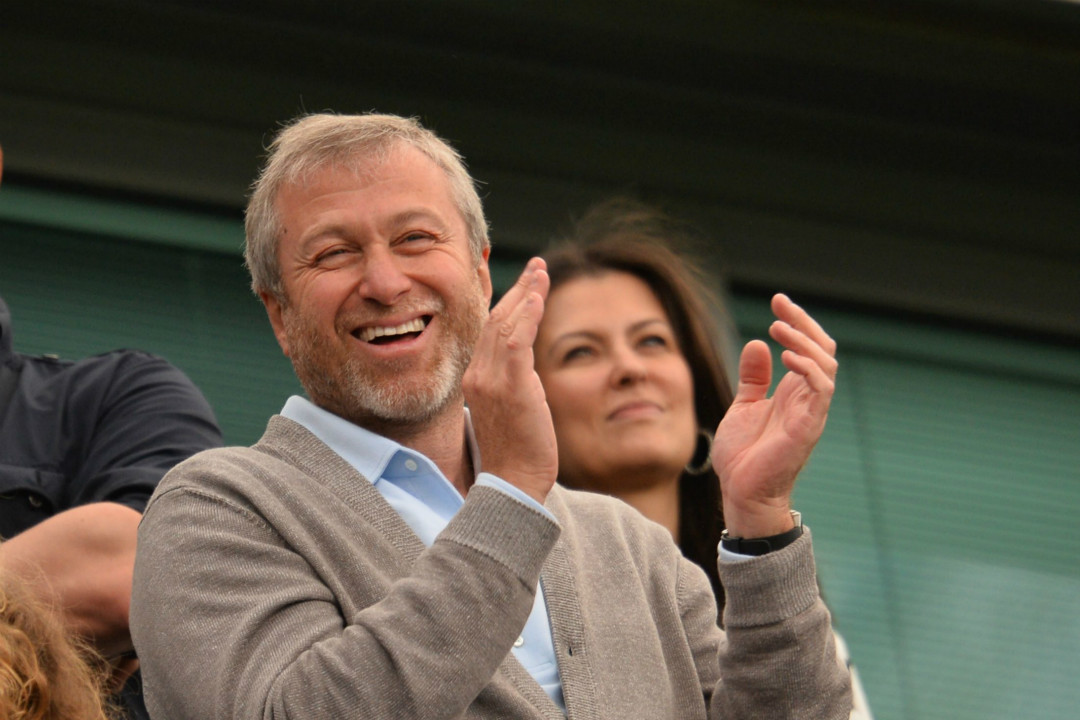 2016年5月15日,英超球會車路士老闆阿巴莫域治(Roman Abramovich)在倫敦觀看比賽。 攝:Glyn Kirk/Getty Images
