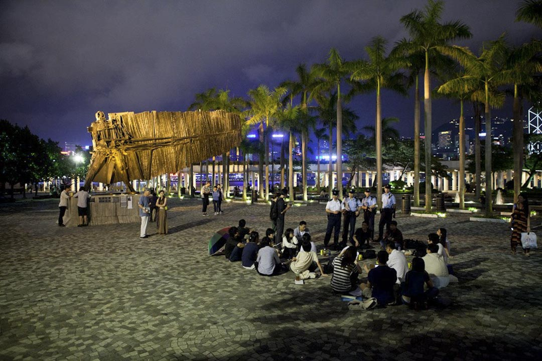 2012年「異議聲音」在尖沙咀自由戰士雕塑前的公共空間舉行。