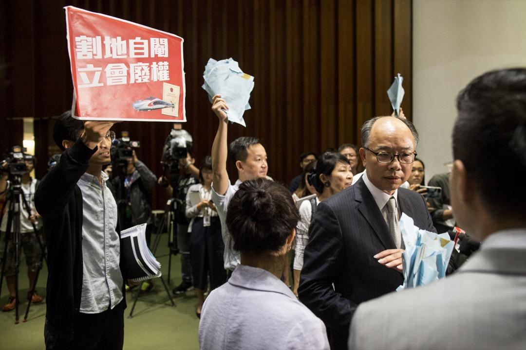 「一地兩檢」三讀通過,香港境內設內地管轄區實施中國法律,是否合情合理? 攝:林振東/端傳媒