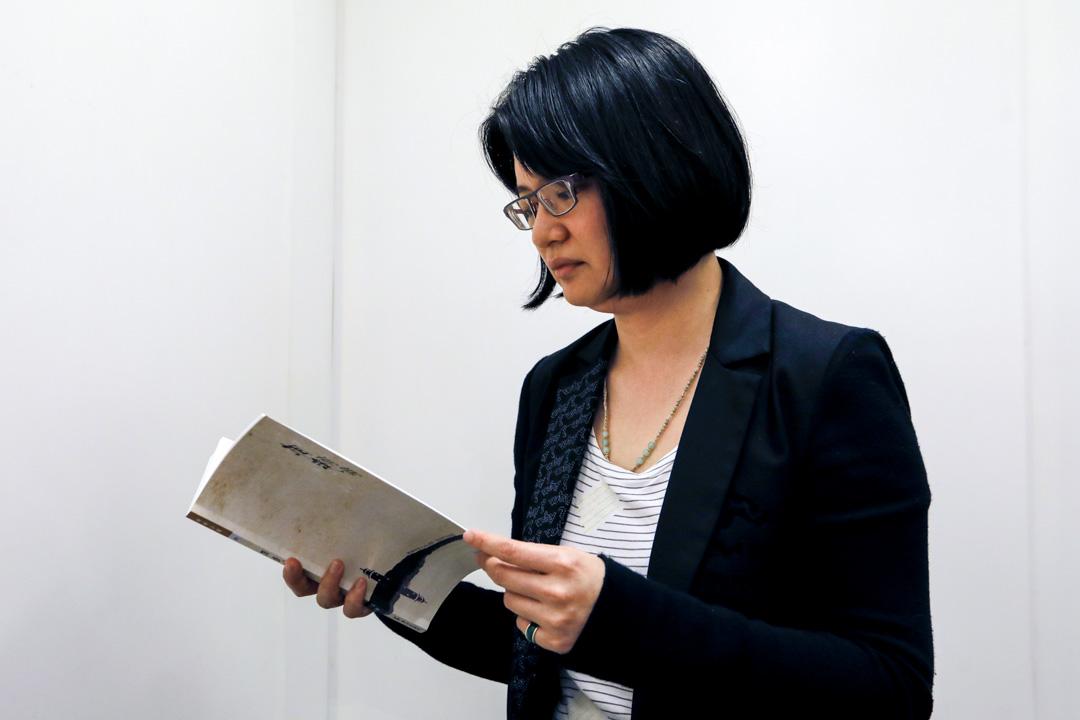 《相逢有時》作者YANG十年前在「集合出版社」發表了第一本同名小說《YANG》,筆耕多年,已然成為一個多種創作類型的作家。