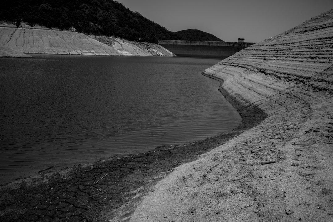 大潭水塘。