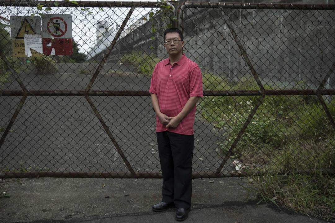 2003年起滕彪在中國政法大學任教,也在北京的律師事務所執業,開始逐步介入維權案件,之後十多年,中國重大的維權和營救事件,滕彪幾乎無役不與。