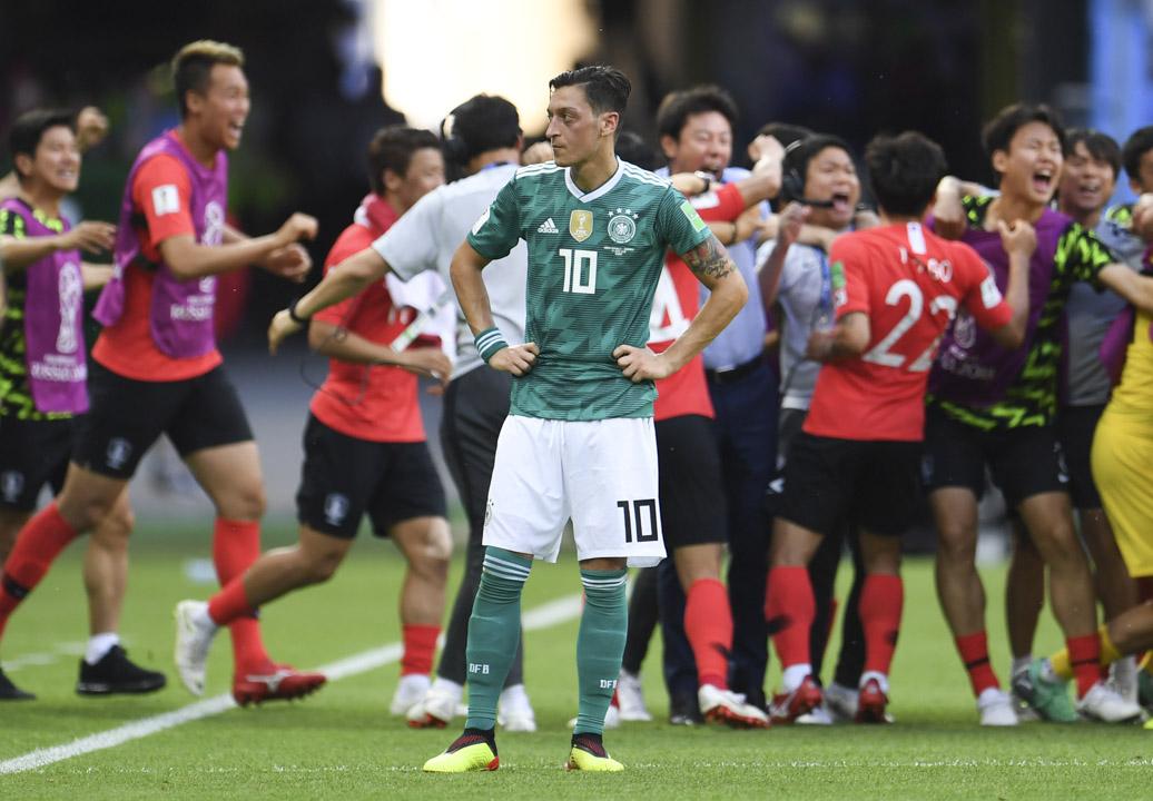 德國隊中場,土耳其後裔的奧斯爾表現遭不少球迷猛烈批評。